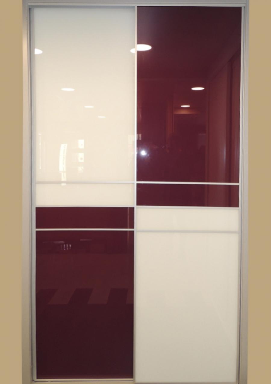 Las ventajas de los armarios con puertas correderas for Pequeno armario con puertas correderas